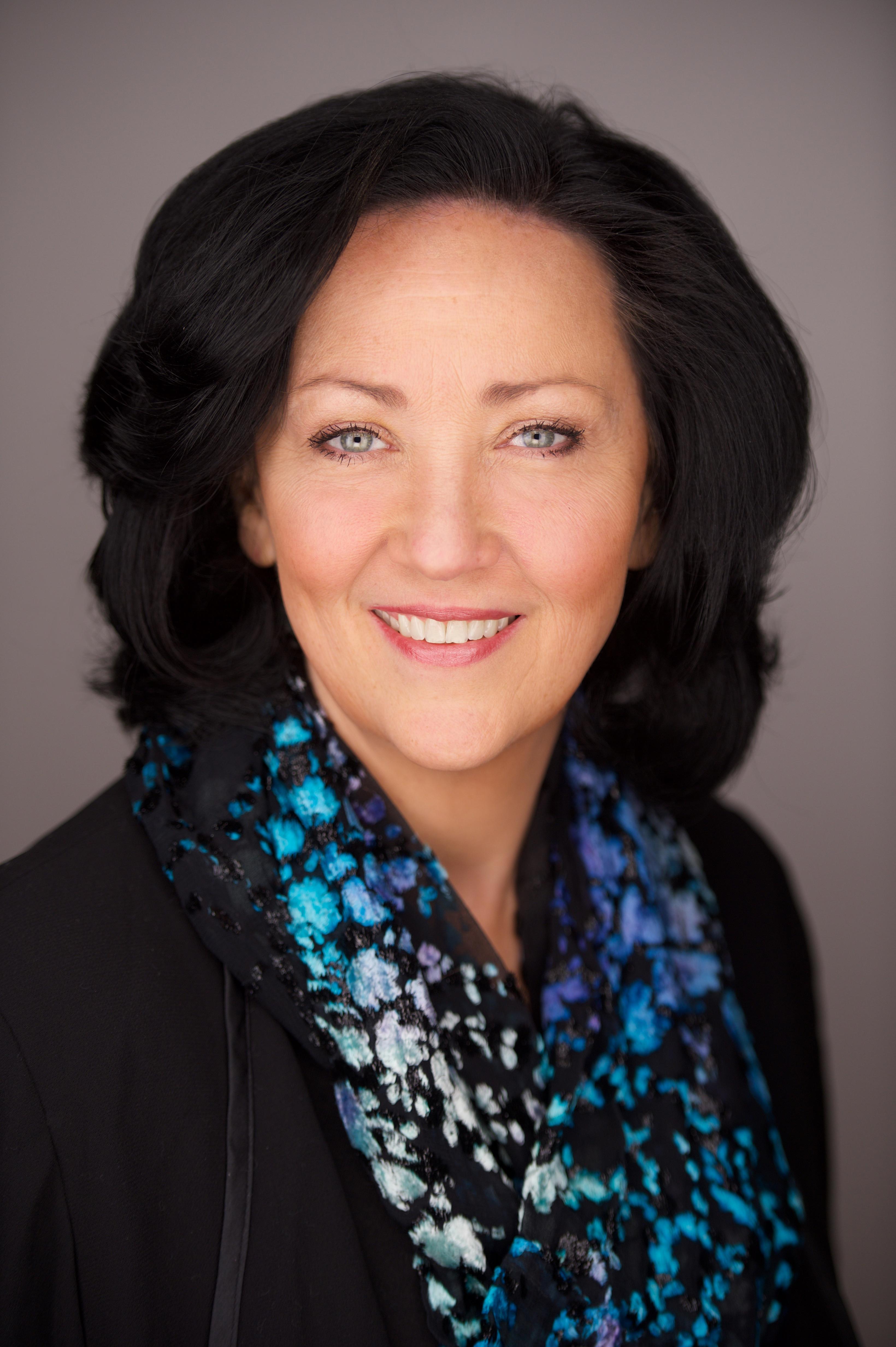 Martha Collins Headshot