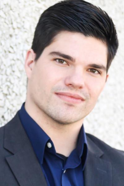 Levi Hamlin Headshot
