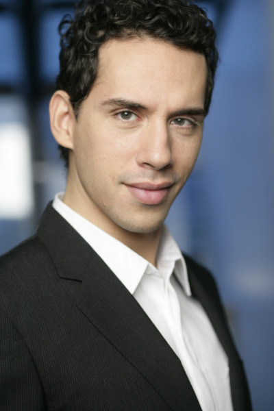 Ricardo Rivera Headshot